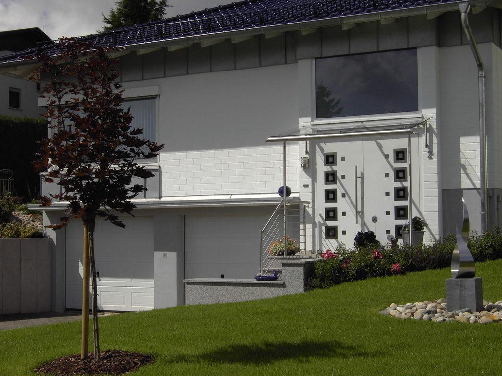 Haustüren und Garagentore